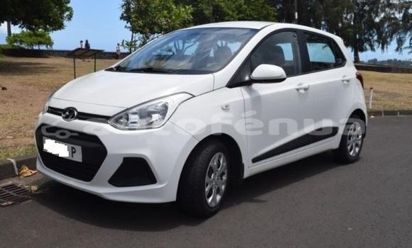 Acheter Occasion Voiture Hyundai i10 Blanc à Mataura, Tubuai