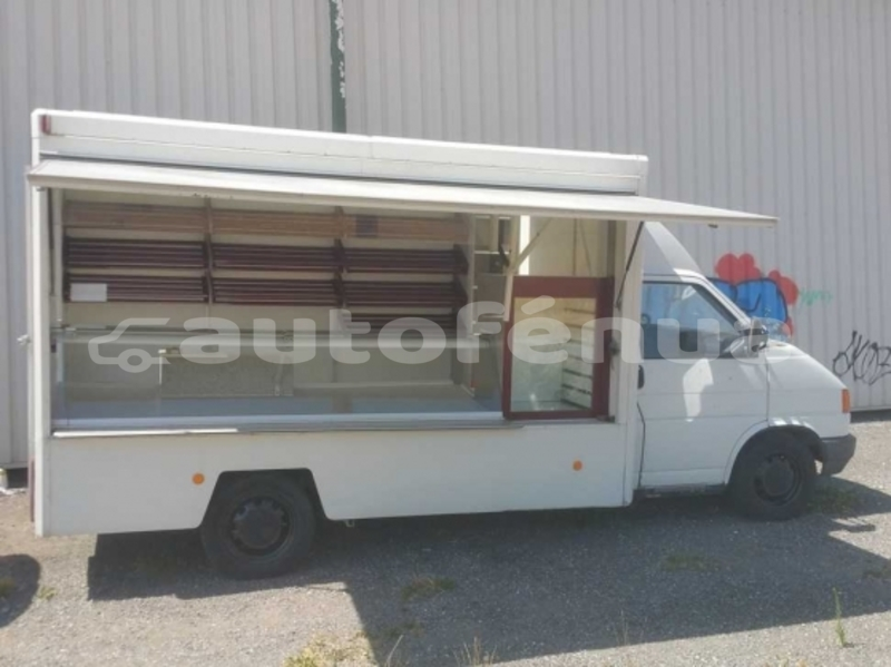 Big with watermark camion