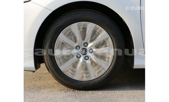 Acheter Importé Voiture Toyota Camry Blanc à Import - Dubai, Marquesas
