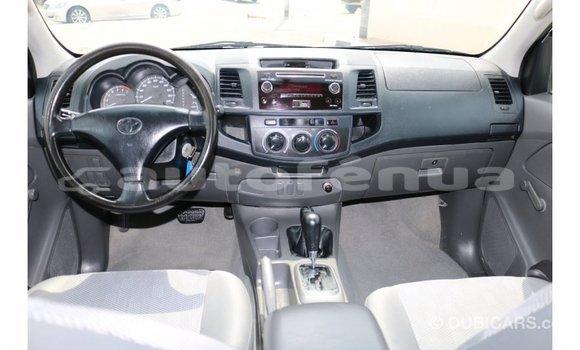 Acheter Importé Voiture Toyota Hilux Blanc à Import - Dubai, Marquesas