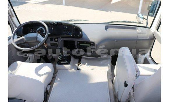 Acheter Importé Voiture Toyota Coaster Blanc à Import - Dubai, Marquesas