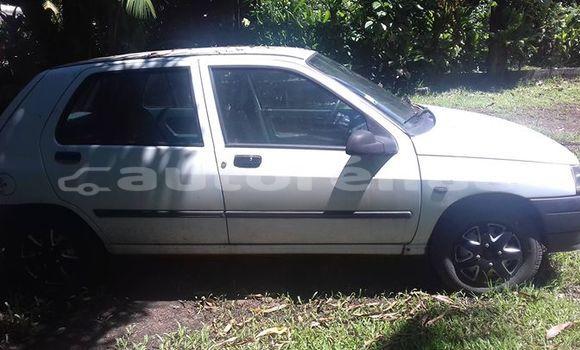 Acheter Occasion Voiture Renault Twingo Autre à Taipivai, Marquesas