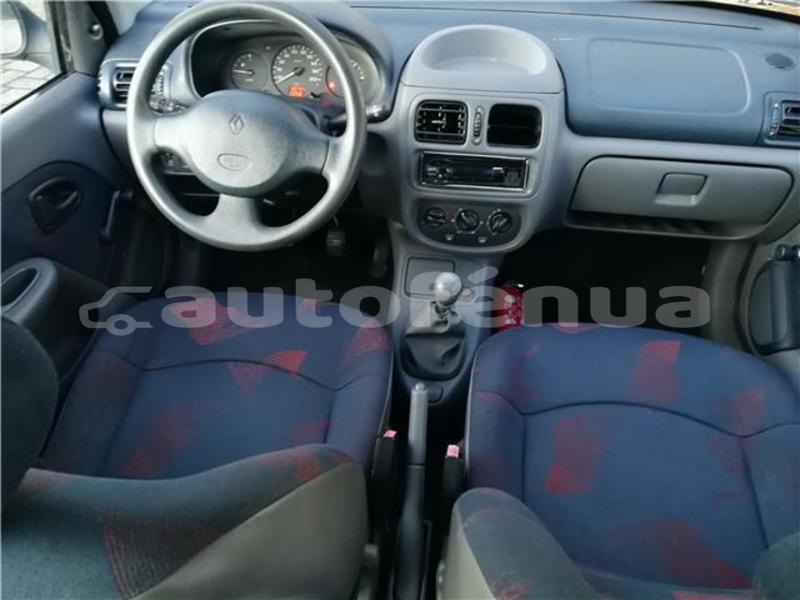 Big with watermark renault clio tahiti faaa 3650