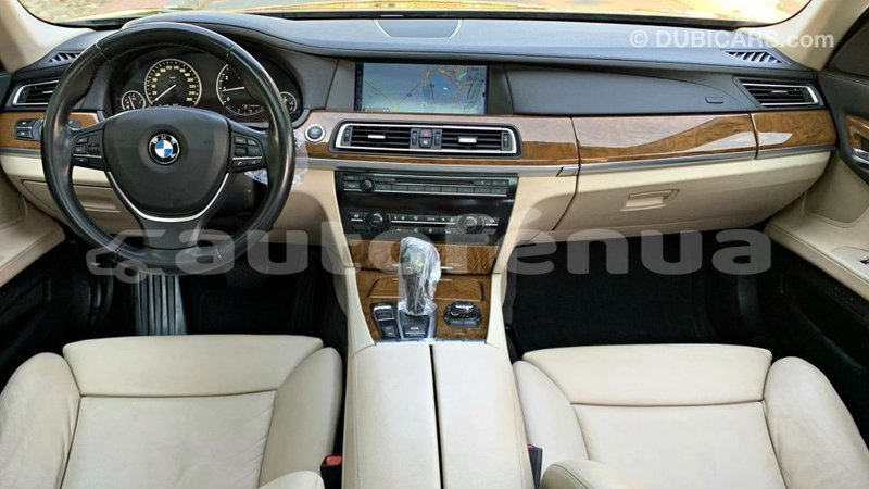 Big with watermark bmw r marquesas import dubai 3990