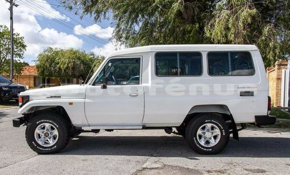 Acheter Occasions Voiture Toyota Troop Autre à Avera au Tubuai