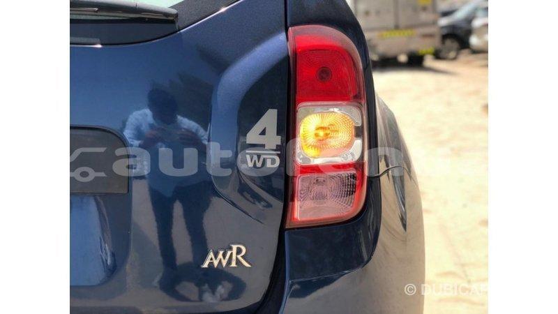 Big with watermark renault duster marquesas import dubai 4428
