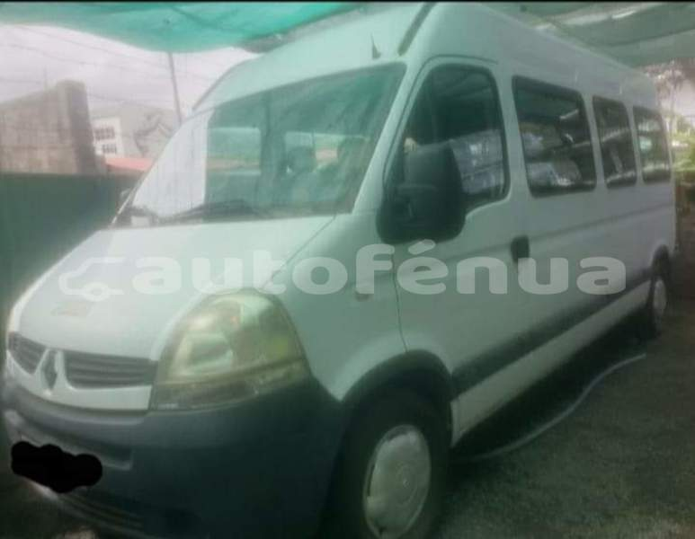 Big with watermark renault trafic tahiti punaauia 4455