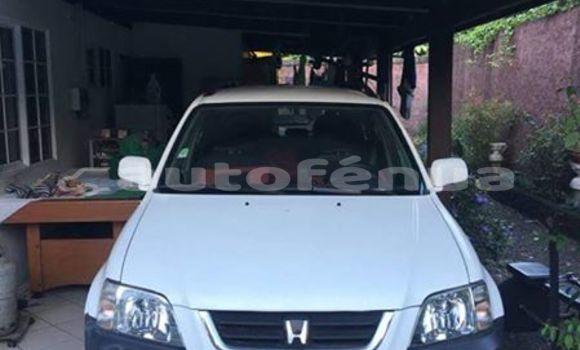Acheter Occasions Voiture Honda CRV Blanc à Papeete, Tahiti