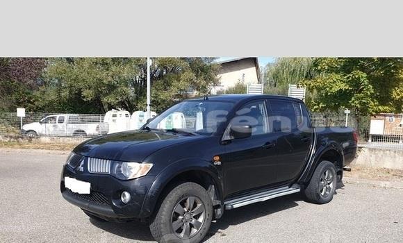 Acheter Occasions Voiture Mitsubishi L200 Noir à Tatakoto, Tuamotu