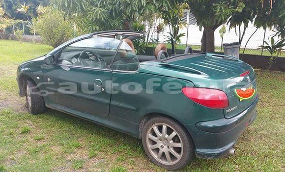 Acheter Occasion Voiture Peugeot 206 Vert à Papeete, Tahiti