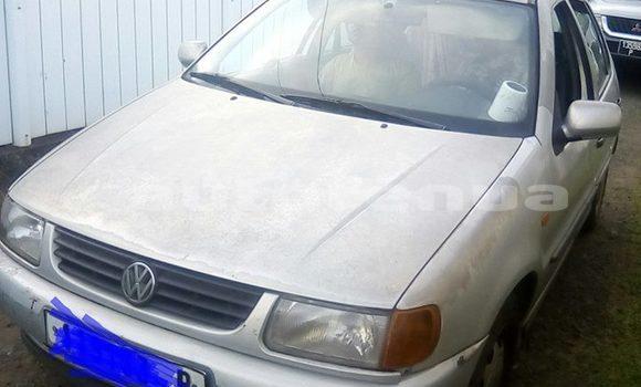 Acheter Occasion Voiture Volkswagen Polo Gris à Mahina, Tahiti
